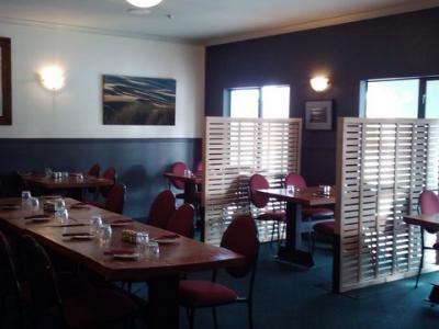Albert Town Tavern - image 3