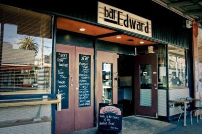 Bar Edward - image 1