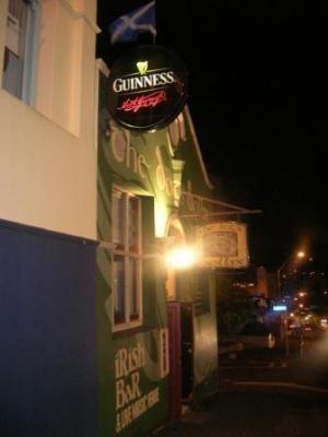 The Dogs Bollix Irish Bar - image 1