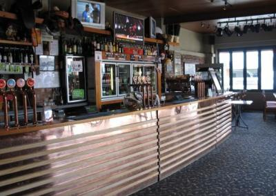 The Drovers Return Bar and Cafe - image 1