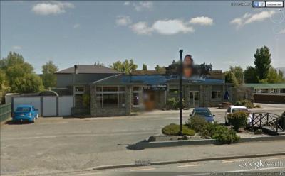 Lake Waihola Cafe & Bar - image 1