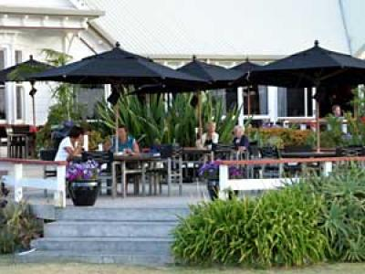 Omapere Tourist Hotel - image 1