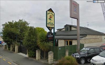 Paddy Barry's Irish Bar - image 1