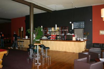 The Poolhouse Cafe & Bar - image 2