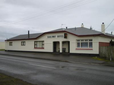 Railway Hotel Otautau - image 1