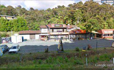 Roadrunner Tavern - image 1