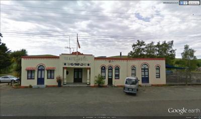 Te Aute Hotel - image 1