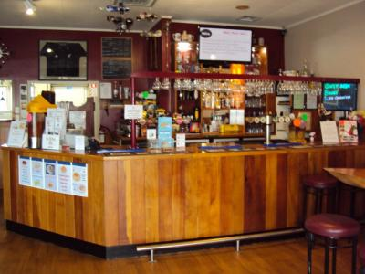 The Old Bank Bar and Cafe - image 2