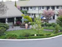 Airport Gateway Motor Lodge - image 1