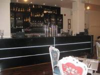 Capri Bar & Eatery - image 1