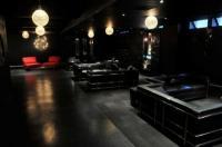 Chambers Bar - image 1