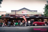 Crowded House Bar & Cafe