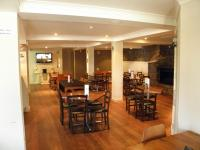 Deano's Bar & Grill - image 3