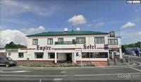 Empire Hotel - image 1