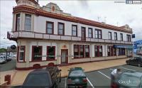 Feilding Hotel - image 1