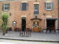 Flo Bar and Cafe - image 1