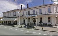 Gladstone Hotel - image 1