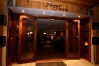 Harry's Pool Bar - image 1