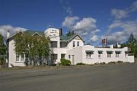 Manakau Hotel - image 1