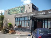 McSwiggans Irish Pub - image 2