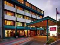 Mercure Hotel - image 1