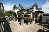 No.4 Bar & Restaurant - image 1