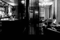 Pequeno Lounge Bar - image 1
