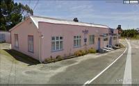 Pig & Whistle Hotel - image 1