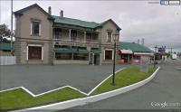 Racecourse Hotel - image 1