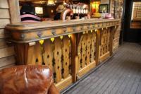 Saloon Saloon - image 1