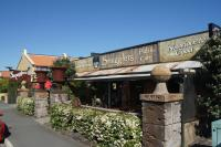 Smugglers Pub and Cafe - image 1