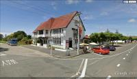Tolaga Bay Inn - image 1