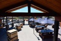 Top Hut Bar & Bistro - image 1