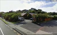 Treehouse Sports Bar & Cafe - image 1